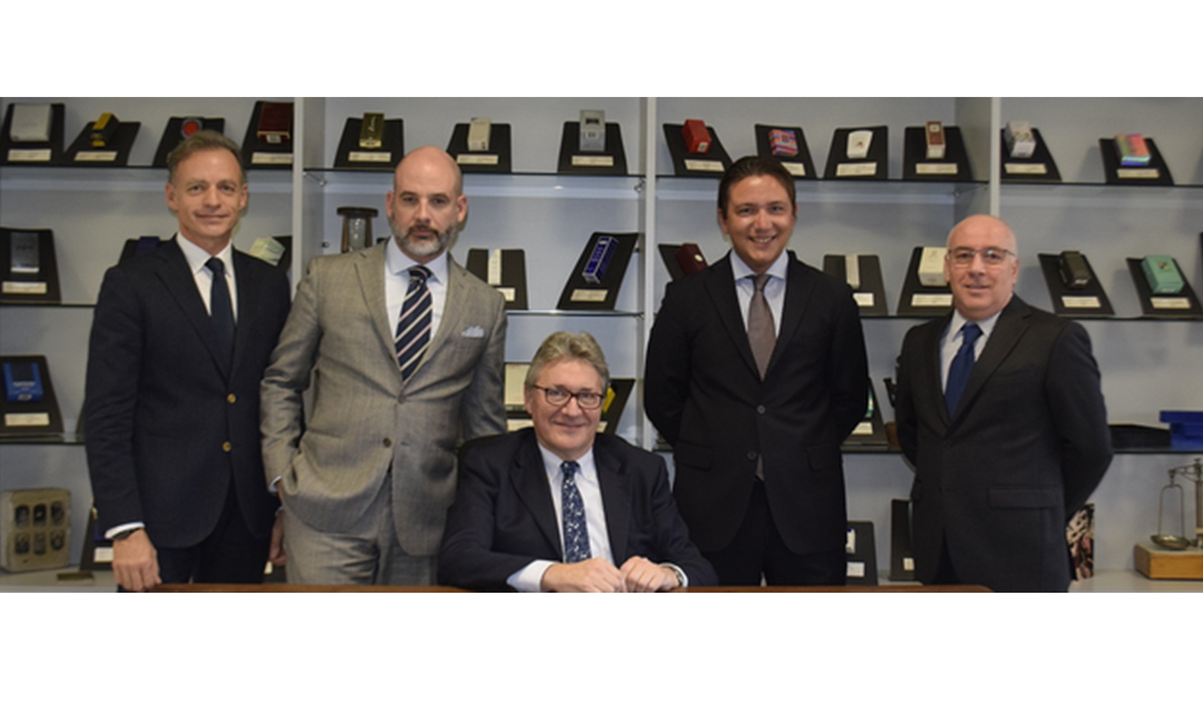 Cosmografica Albertini becomes Albertini Packaging Group and acquires the Newgraf